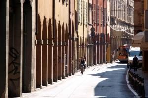 City break cultural la Bologna, Oraşul Roşu